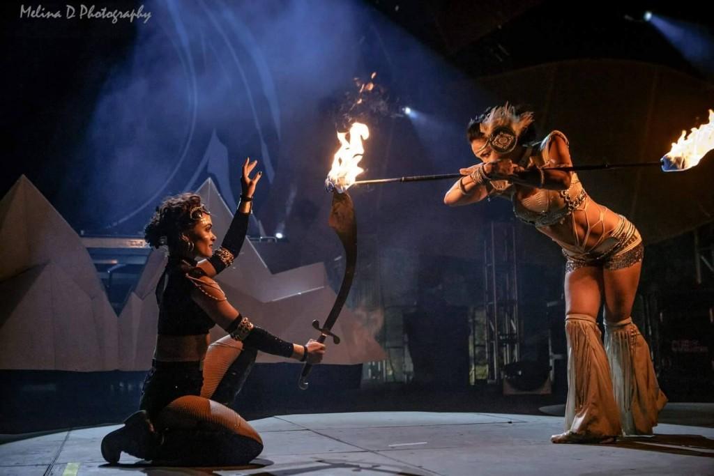 fire_dancers_festival